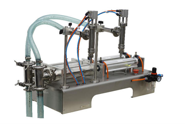 Poluautomatski stroj za punjenje tekućeg sapuna u vrećice